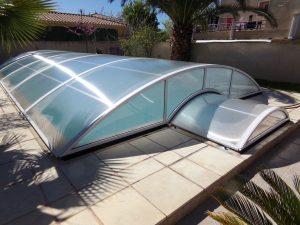 abri piscine bas relevable