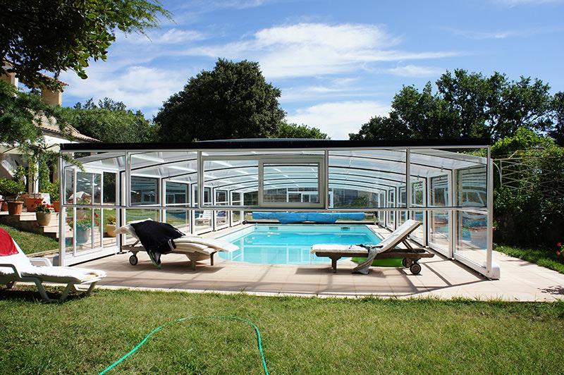 Abris de piscine sur mesure for Protege piscine