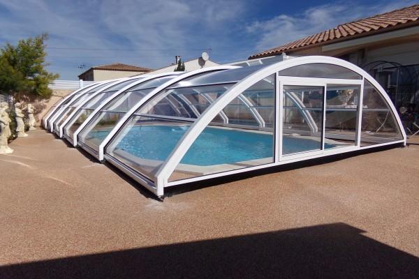 Abri piscine medium modèle Madrid