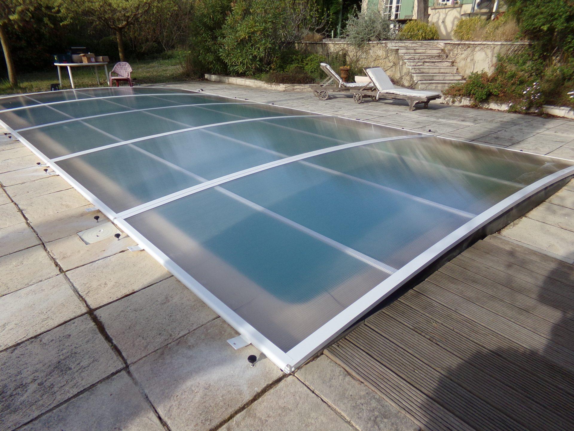 Abri piscine plat relevable mod le amsterdam bel abri for Abris piscine plat