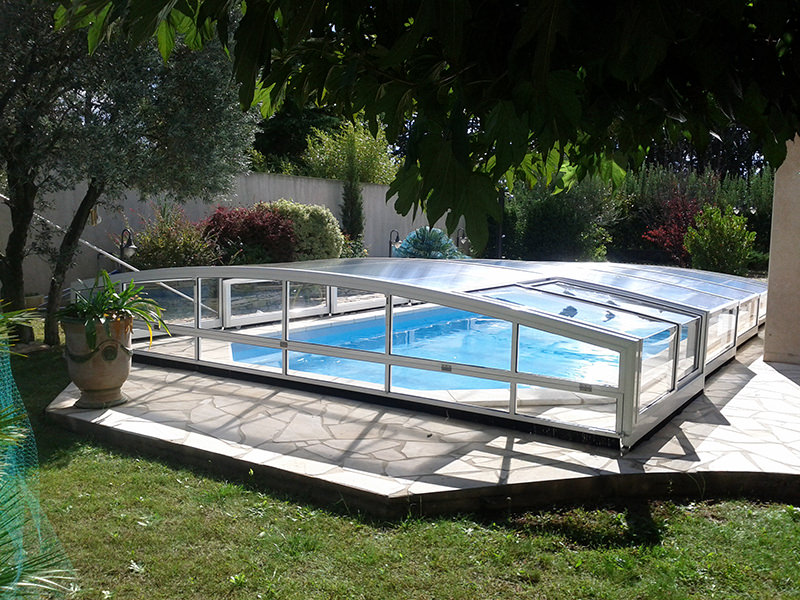 Couverture piscine rigide les tapes cls de duun volet for Piscine rigide
