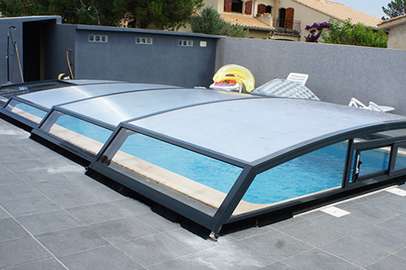 Abri piscine t lescopique installer un abri t lescopique for Abris piscine uv