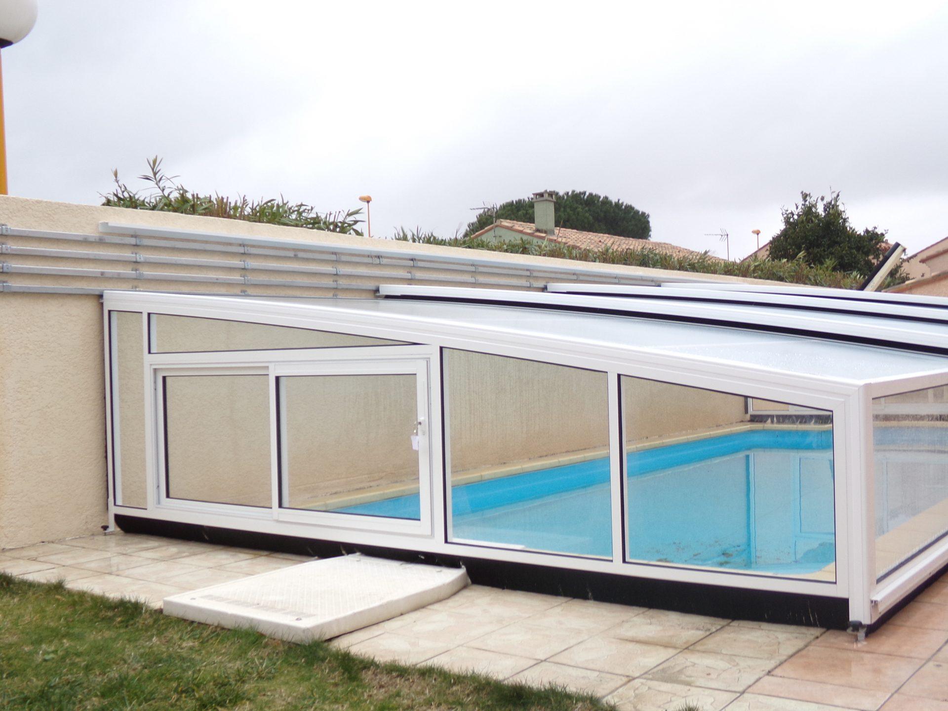 Abri piscine sur mesure les mod les bel abri for Abri solaire mural