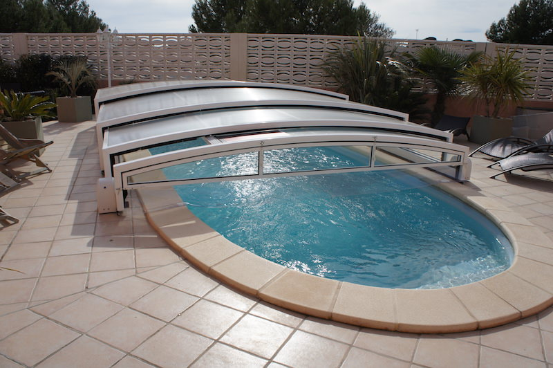 Abri et protection piscine bel abri languedoc roussillon 34 - Ideal protection piscine ...
