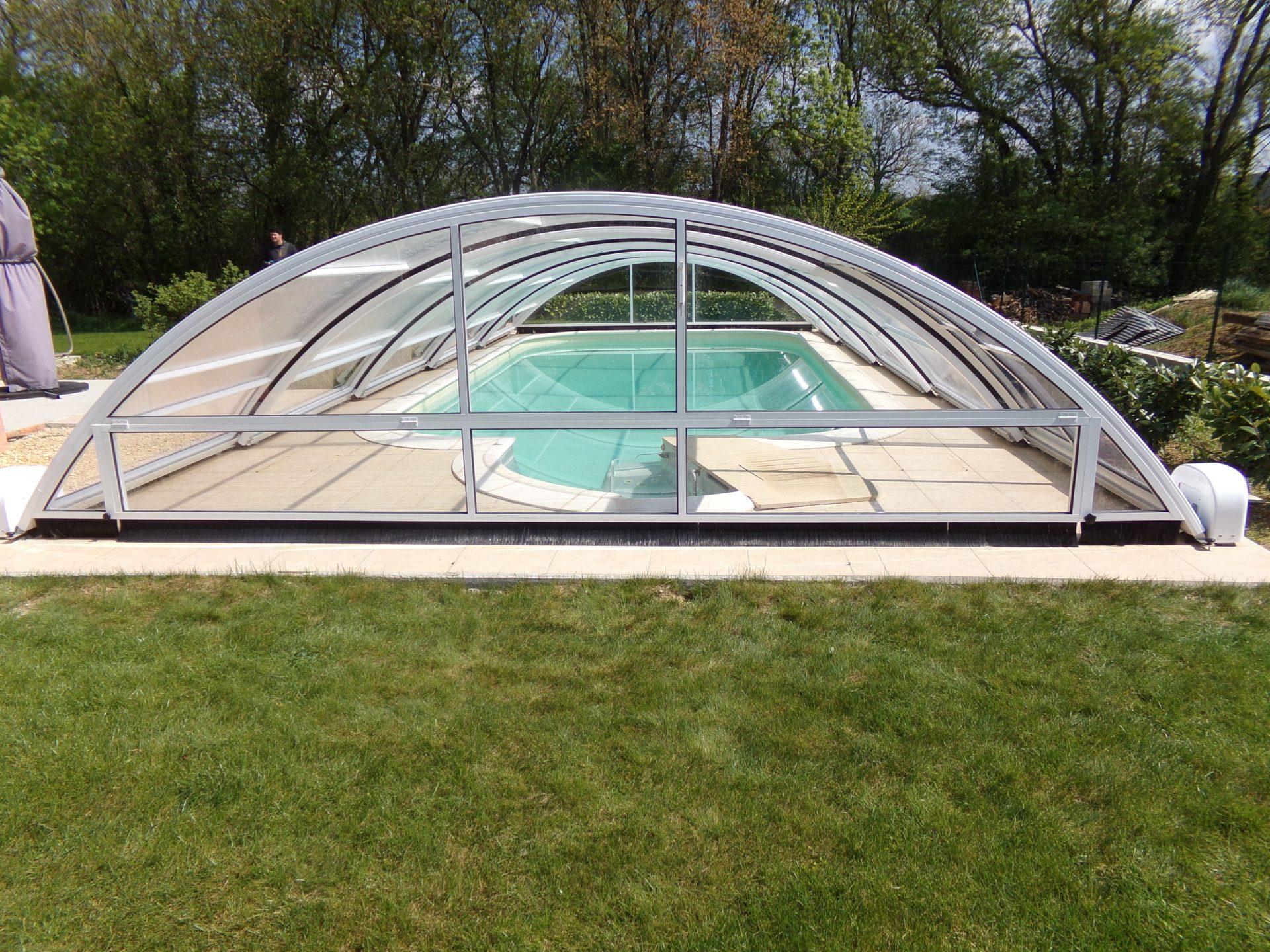abri piscine bas motoris roma abri vo t coulissant et pratique. Black Bedroom Furniture Sets. Home Design Ideas
