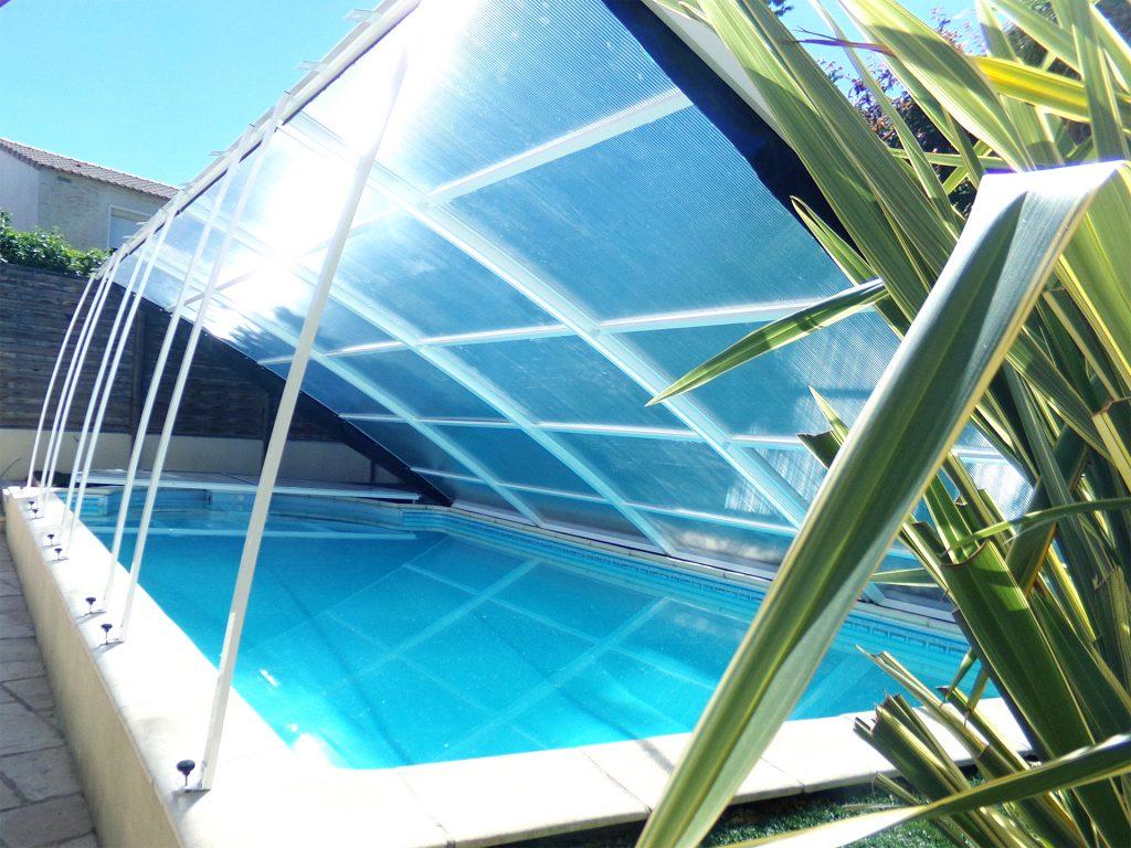 abri piscine écomnomique modèle Amsterdam